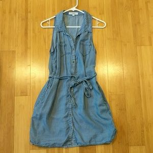 Love Tree Los Angeles Denim Button-Up Dress